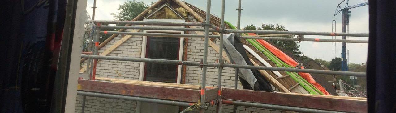 Huurdersplatform Aardbevingen Groningen en KR8 corporaties tekenen nieuwe afsprakenkader.